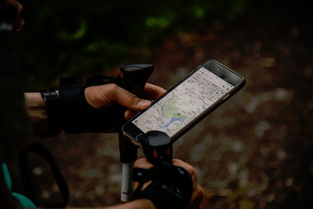 7 Best Apps to Track Someone by Cell Phone Number